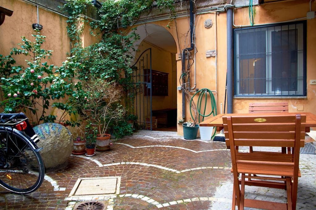 Trastevere, roman home with garden
