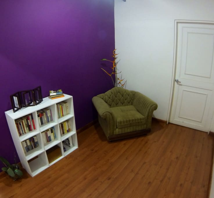 Comfortable reading or relax area, you can bring your own book or pic one from our collection (most of them in Spanish)
