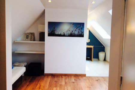 B&B LISDODDE # pure white # Room 3 - Bruges