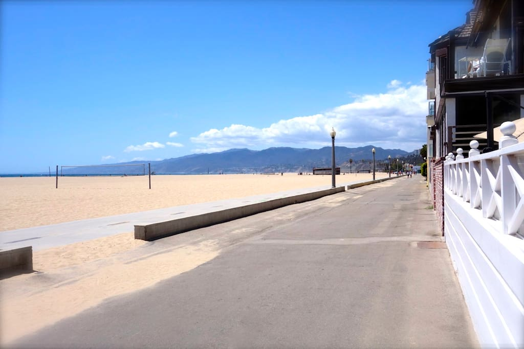 WALKING AND BIKE PATHS WITH VIEWS OF THE MOUNTAINS...