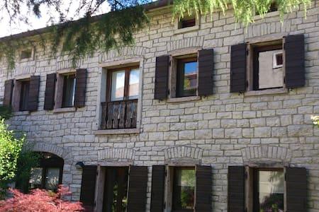 maison de charme - Col-roncan