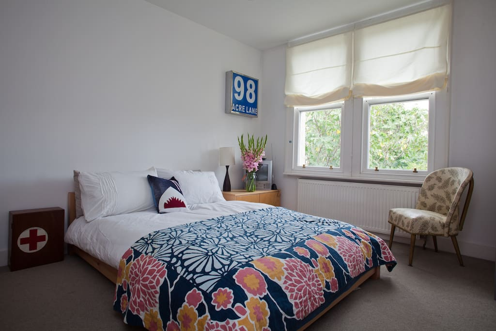 Blue Room is fun and playful with own bathroom, TV and DVD library 16sqm