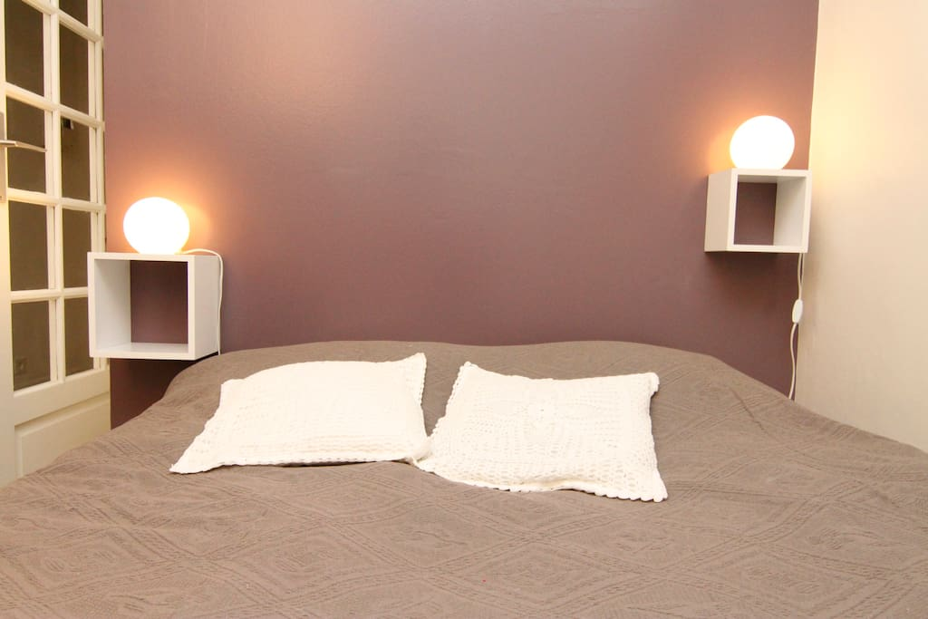 côté chambre/the bed