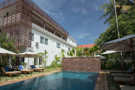 Relax Cozy Place+FREE Breakfast & Airport Pick Up - Krong Siem Reap