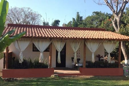 Quinta Los Mecates. Bungalow - Malinalco - Zomerhuis/Cottage