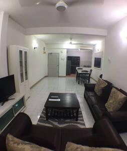 Kota Damansara Family Homestay - Társasház