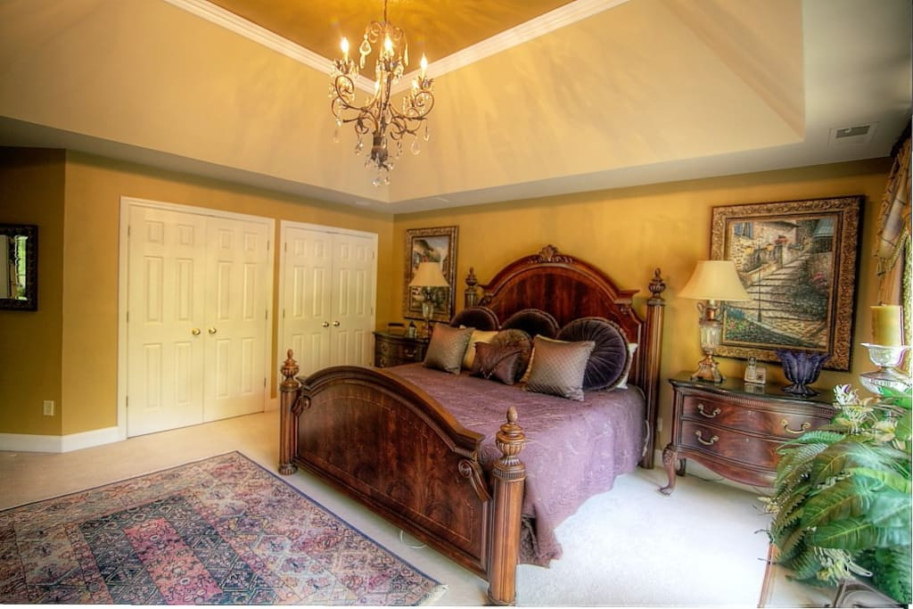 Master bedroom with space to put your clothes during your stay.