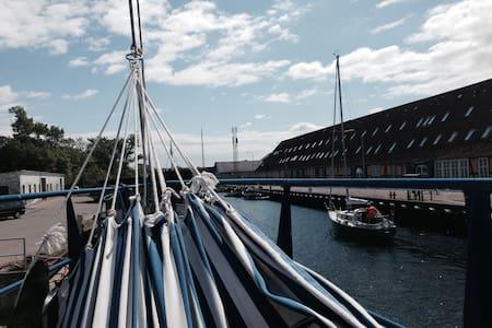 Houseboat in Copenhagen - Copenaghen