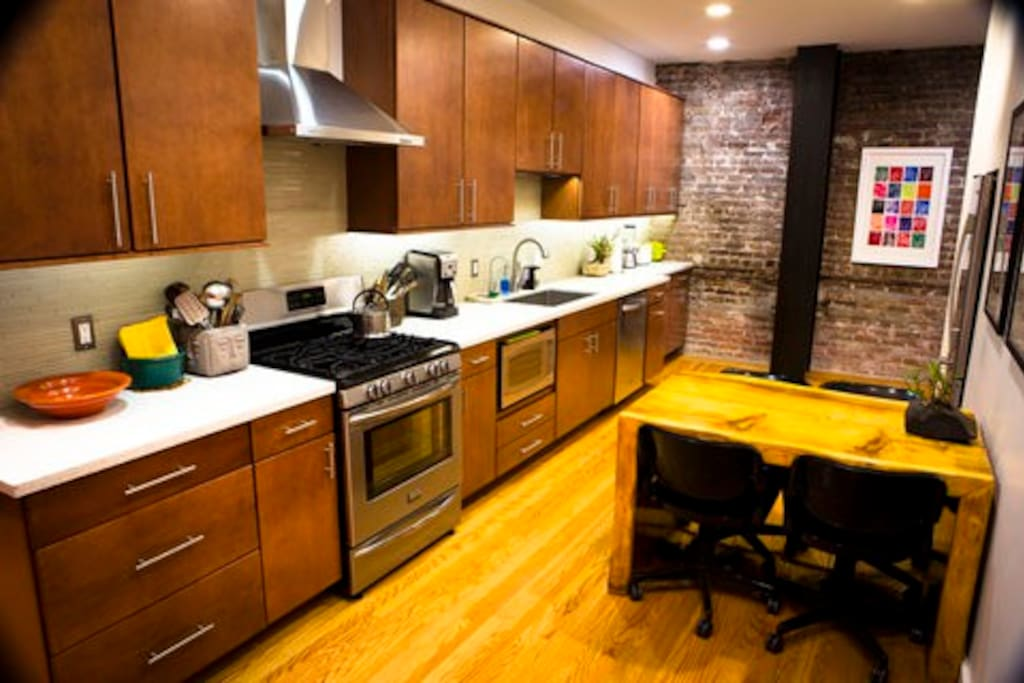 Newly Remodeled Loft Lower Nob Hill