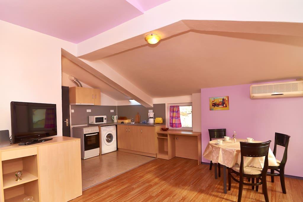 Studio apartment in Burgas for rent