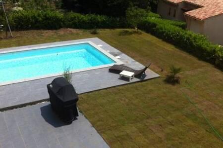 Villa avec piscine Côte d'Azur - Maison