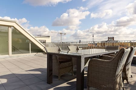 Luxury Penthouse 3 Bed+Roof Terrace