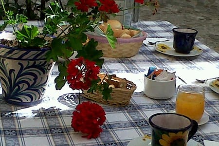Casannunziata bed and breakfast - House