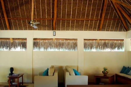 Varandas do Indico Eco Lodge - Tofo Beach - Bed & Breakfast