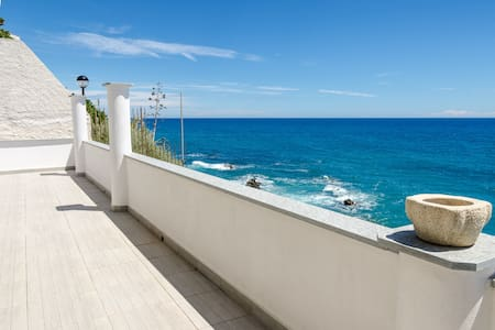 Dream home few meters to the sea! - Apartemen