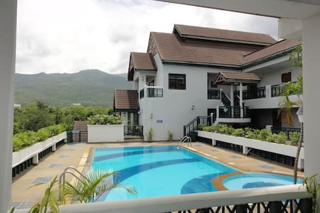 Nice Pool Condo w/ Fitness Room - Chiang Mai - Apartment