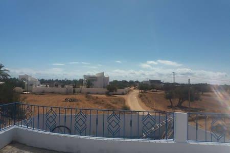 Belle,nouvelle maison meublée cartier tranquille - Djerba Midun