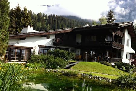 Ski-In, Ski-Out Chalet - Bungalo