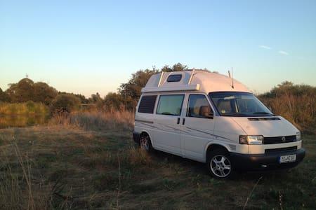 Abenteuer übernachten im VW Bus - Sprendlingen
