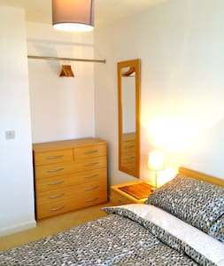Fresh and Clean Private Double Room - Apartment