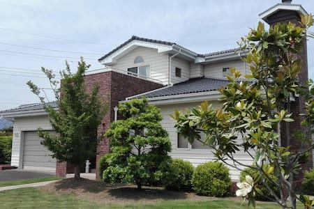 American style house in Ibaraki - Hitachiōta-shi - Rumah