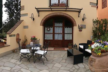 Casa Vacanze Fienile Santa Laura - Figline e Incisa Valdarno - Appartement