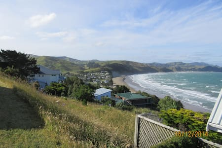 180 deg views of the ocean + rural - Bed & Breakfast