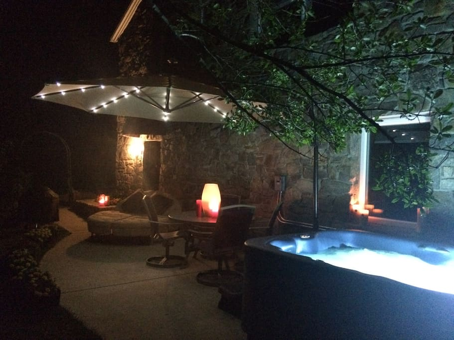 Private Deck at Night with Hot-tub, Solar Umbrella, Double Sun Lounger, BBQ + Table & Chairs in the Country 5 Mins from Downtown