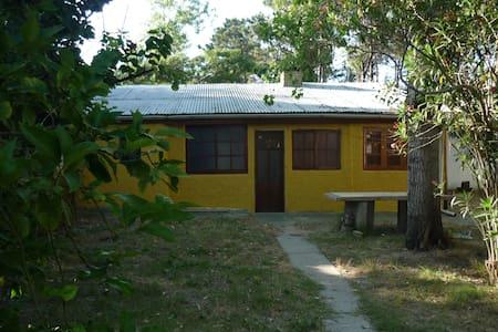 Casa a 2 cuadras de la playa - Salinas