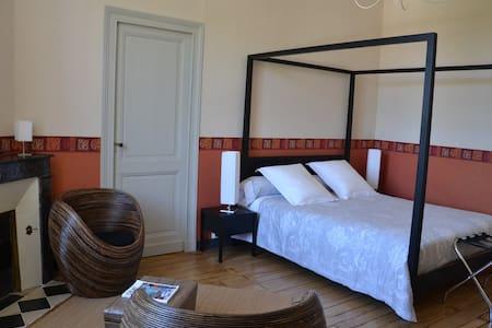 Suite parentale Dordogne - Bed & Breakfast