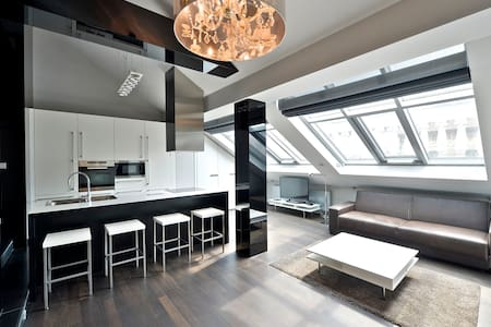 INCREDIBLE ONCE IN A LIFE TIME LOFT