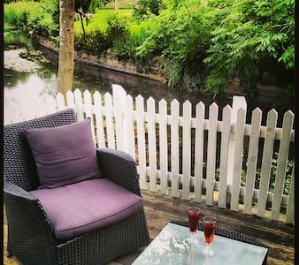 Lejlighed i byhus med åen i haven - Ribe - Apartamento