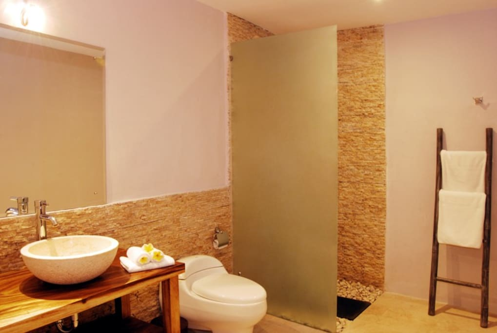 Villa Mila Bathroom