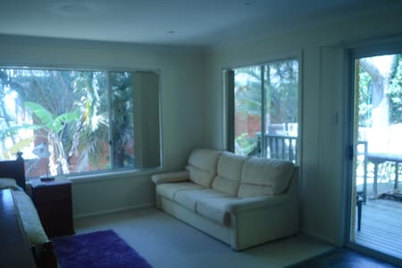 Self contained unit that sleeps four - Beacon Hill - Hus
