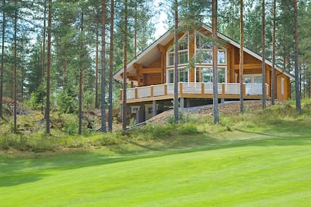 New Log Villa Sofia in Golf Club - Kerimäki