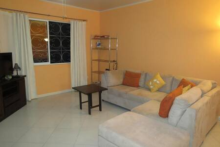 CASA BELLA - Bright and contemporary vacation home - Cantón de Aguirre, Puntarenas - House