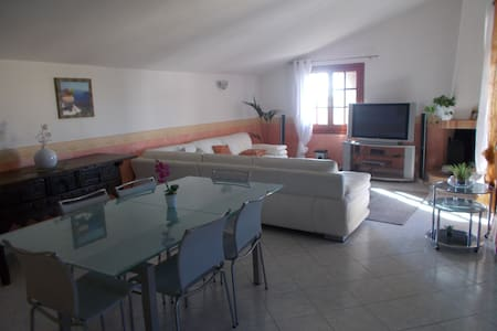 Nice apartment in Sardinia - Huoneisto