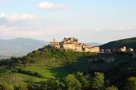 heart of tuscany -mini appartamento - Pari - Rumah