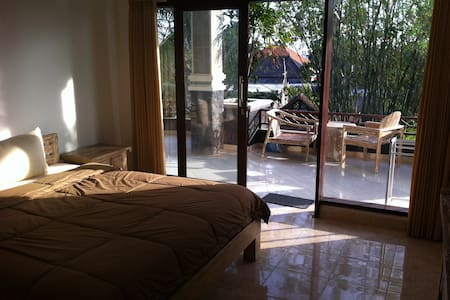 New room in B&B, in Canggu