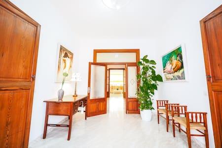 Muro ☼ Classical Home BBQ + Terrace - Apartment