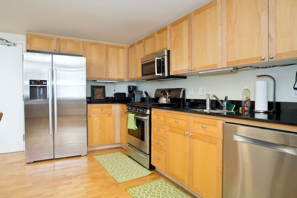 Full equipped kitchen with new stainless steel appliances