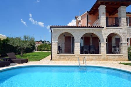 Villa near Porec with private pool - Villa