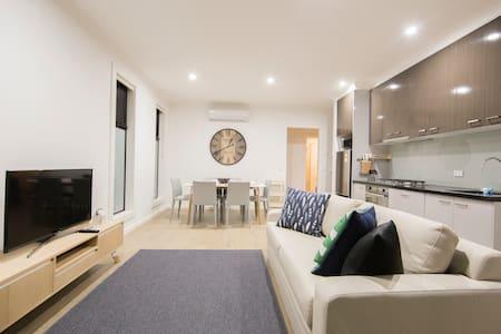 Brand new townhouse Comfortable & Convenient !* - Ashburton - Townhouse