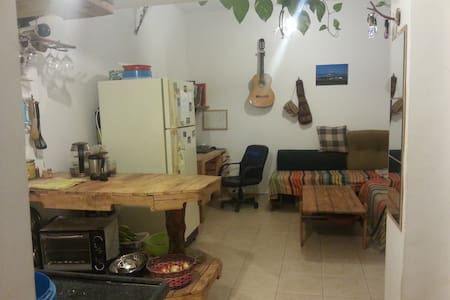 Jordan valley experience, good location & cheap - Masada - Apartament