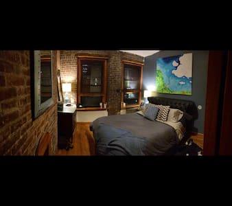 2 Bedroom New York Charmer
