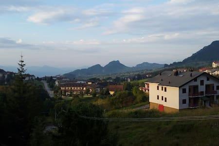 Casa con mansarda fino a 14 posti letto - Valle del Sole (Pizzoferrato)