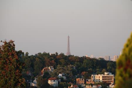Appartement terrasse - vue Paris - Apartamento