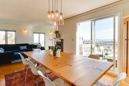 Modern Noe Home w/Stunning Views