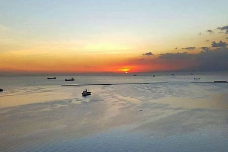 Manila Bay Vista - Manila