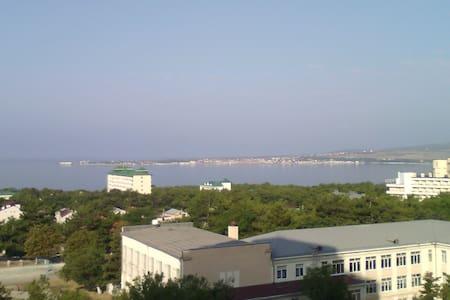 Сдам посуточно 1 к. кв. в Геленджике 500м от моря - Gelendzhik - Wohnung